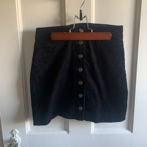 Aritzia Wilfred Free Button Black Stretch Skirt